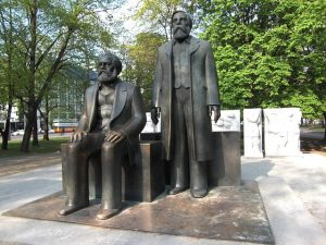 Karl Marx, Friedrich Engels, Monument× Support Max Pixel Buy us a cup of coffee Karl Marx Friedrich Engels Monument Public Domain Friedrich Engels Monument Karl Marx