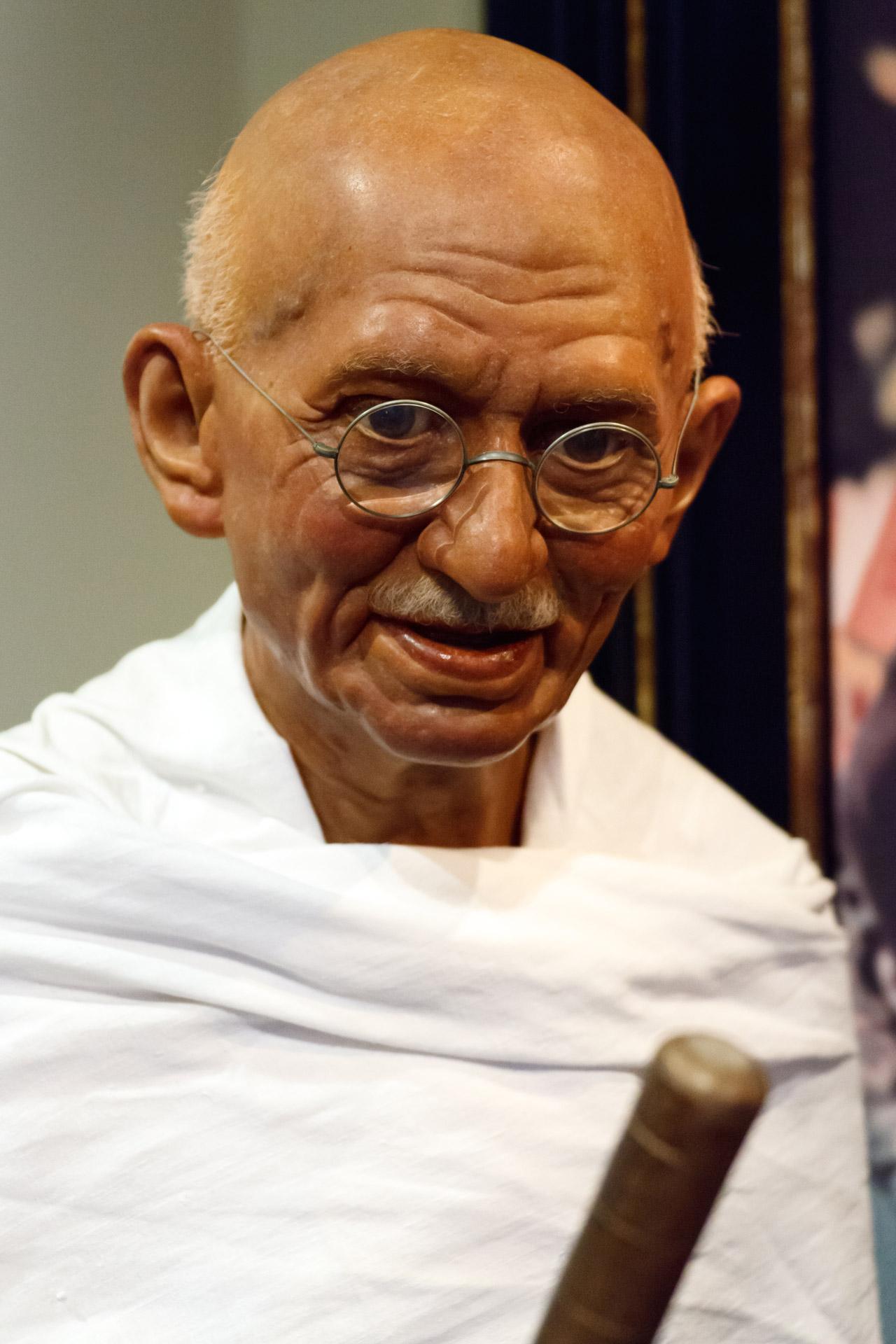 Gandhi – Words of Wisdom: Intro to Philosophy