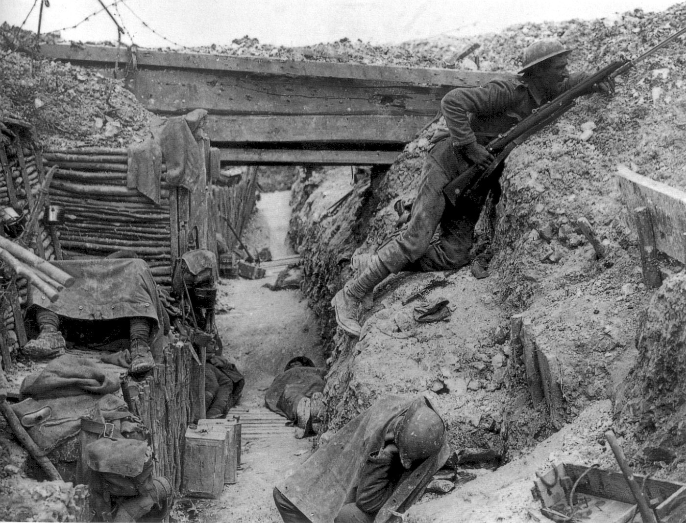 Soldiers in trenches